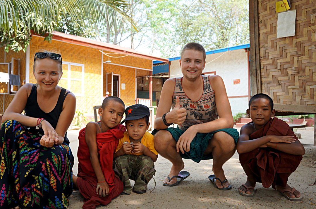 Autostop w Birmie- couchsurfing w Birmie