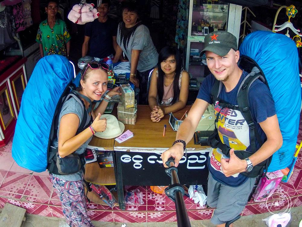 słów kilka o pieniądzach- wymiana waluty w Birmie