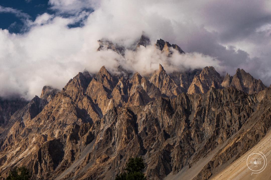 Pakistan co zobaczyc - Passu Catherdal, Passu Cones, Tupopdan Peak