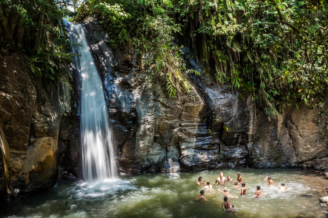 Wodospad na Flores w Indonezji
