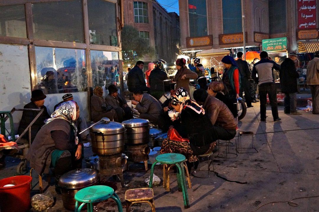 Nocny bazar