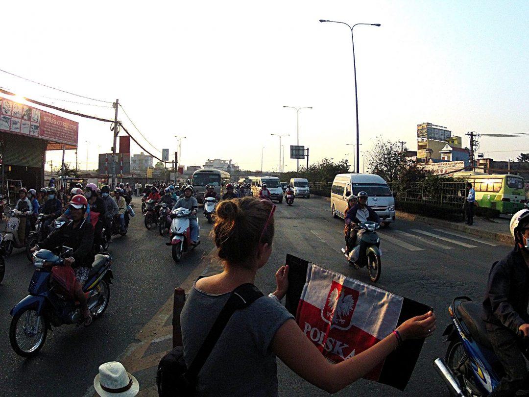 Autostop w Wietnamie - Na Nowej Drodze Życia