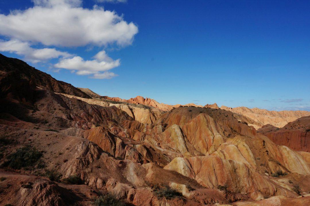 Kanion Fairy Tail. Autotop w Kirgistanie - Na Nowej Drodze Życia