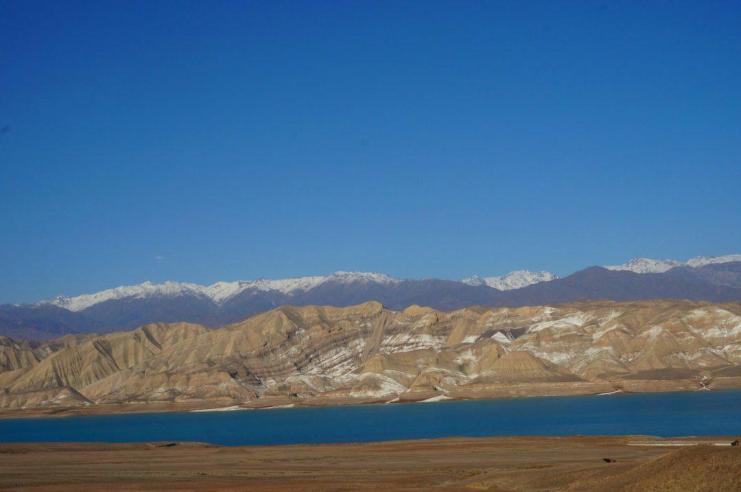 Widok gór. Autotop w Kirgistanie - Na Nowej Drodze Życia