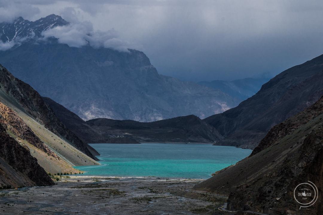 Pakistan co zobaczyć - Jezioro Satpara