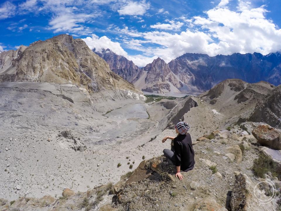 Pakistan co zobaczyć -Passu Glacier