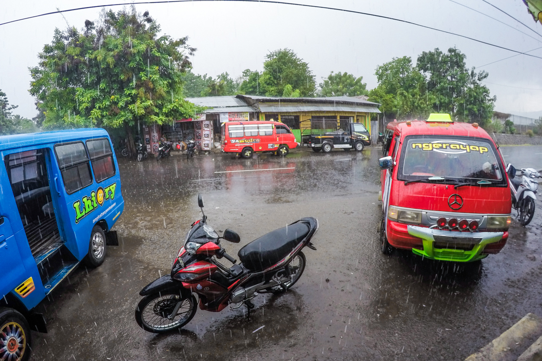 Pora deszczowa na Flores - Indonezja