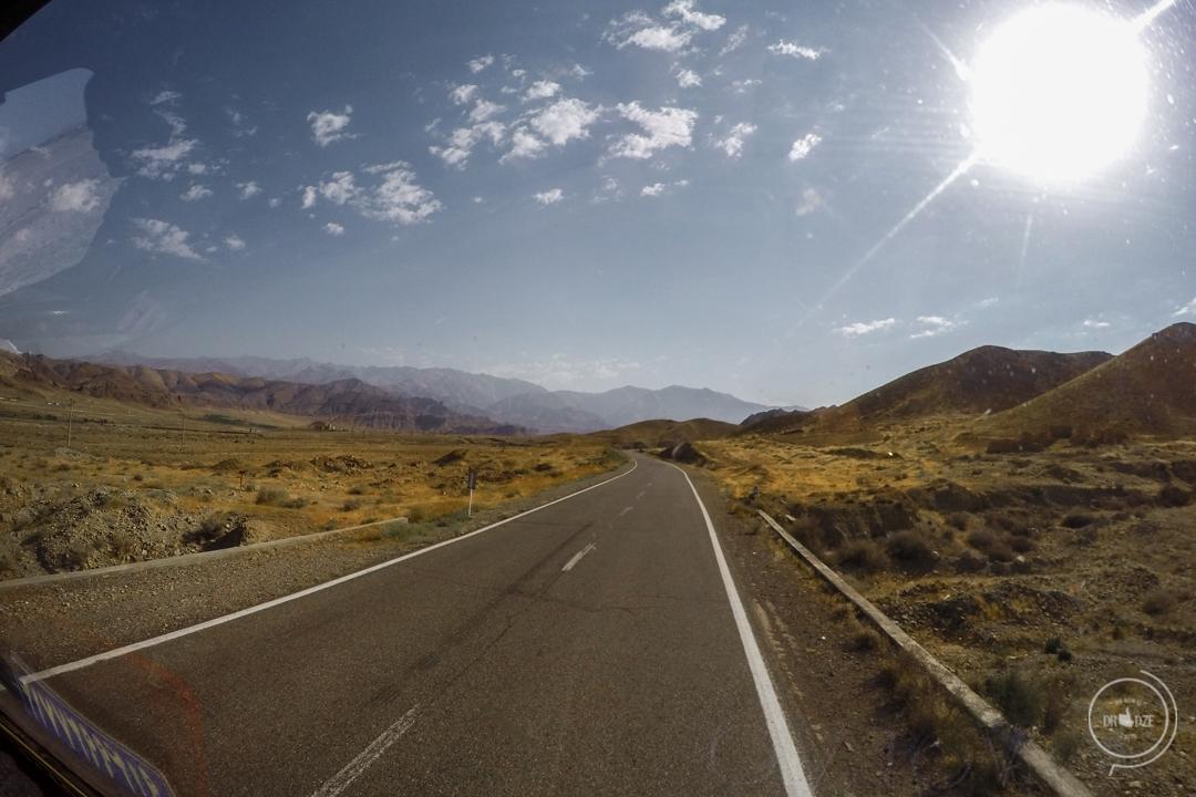 Jak podróżować po Armenii?